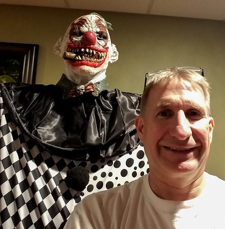 Project Free Hugs Clown Halloween 2017
